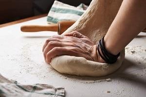 Membuat roti